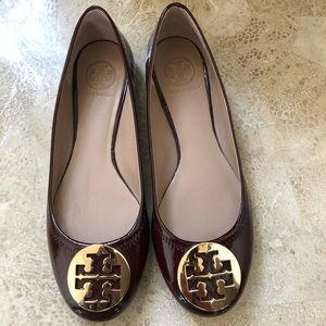 Tory Burch maroon patent leather flat